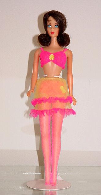 Mod Barbie 1969 Close Ups #1864
